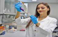 طالبة في الجامعة الأميركية ببيروت تكتشف نهجاً علاجياً جديداً لسرطان الرئة