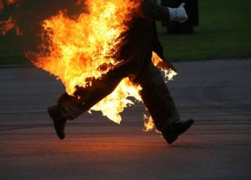 قرّر حرق نفسه أمام الوزارة