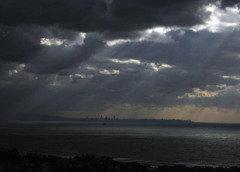 لبنان على موعد مع أمطار غزيرة وثلوج!