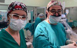 طبيب لبنانيّ يحقق إنجازاً جراحياً.. إعادة ترميم قسم من جمجمة عشرينية